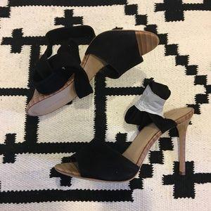 Pour La Victoire black lace up heels